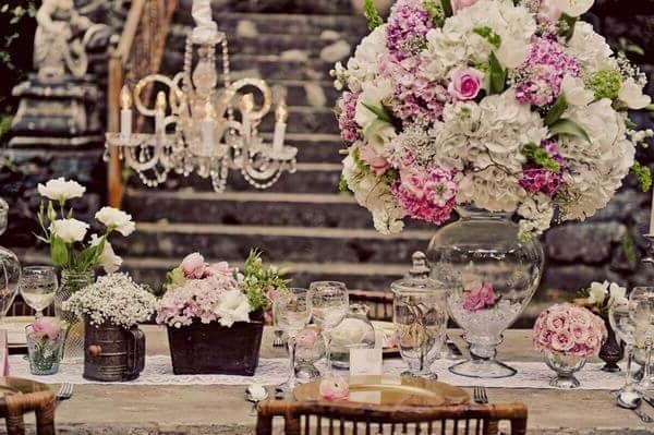 8 estilos diferentes para decorar tu boda palacio de gal pagos - Boda shabby chic ...
