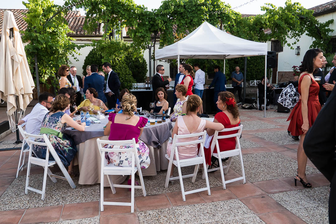 mesa de invitados evento